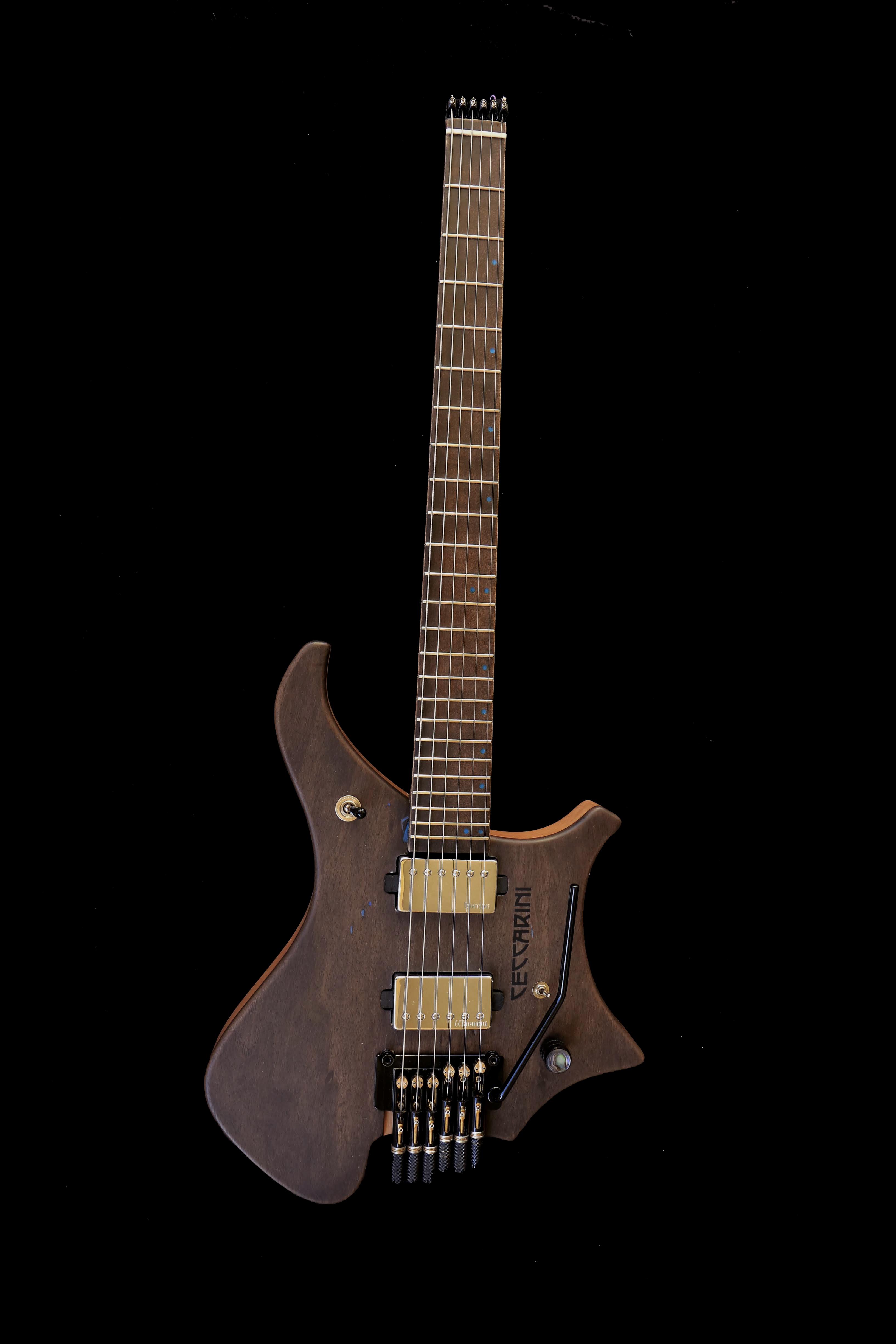 Dullahan 6 String